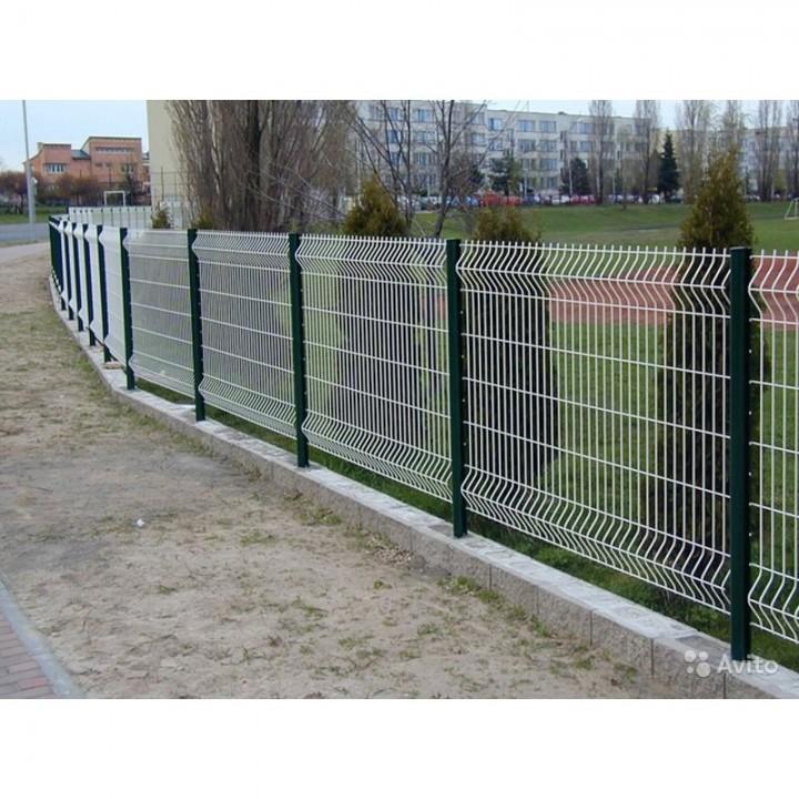 Заборная секция 2400х2500мм из сварной сетки оцинкованная Заграда ЭКО